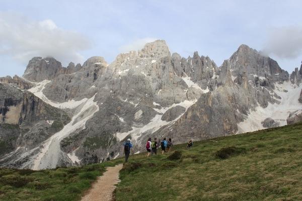 Trekking sulle Dolomiti: l\'incanto delle Pale di San Martino