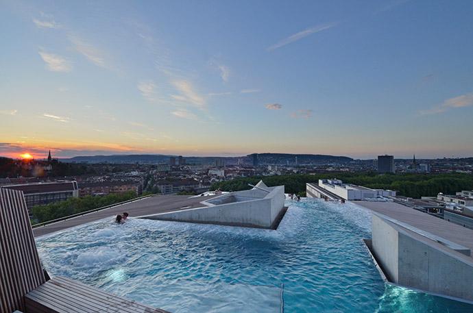 Terme di zurigo rigenerarsi ammirando lo skyline della citt for Charme design boutique hotel favignana