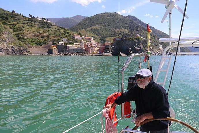 in-barca-con-omero-09