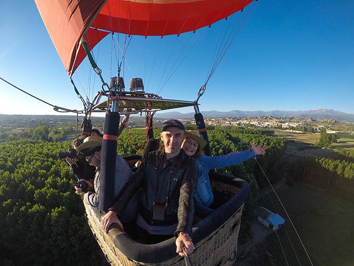 Granada in mongolfiera