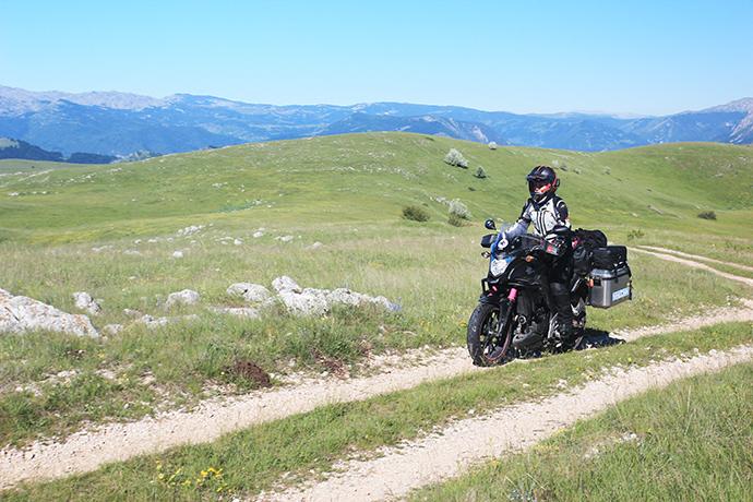 Viaggio dall'Asia all'Italia in moto