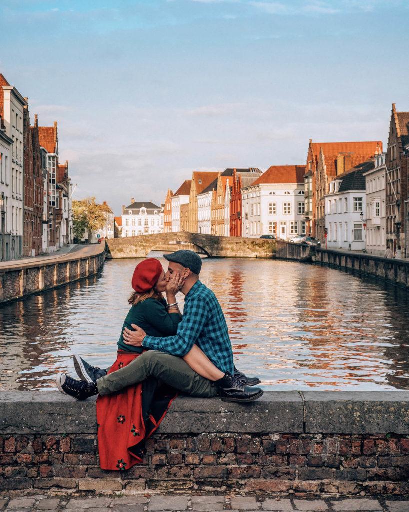 viaggio nelle Fiandre piazza Van Eyck Bruges