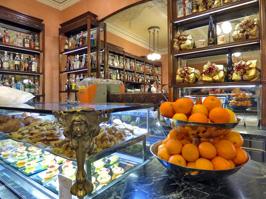 caffè storici Roma bar Rosati