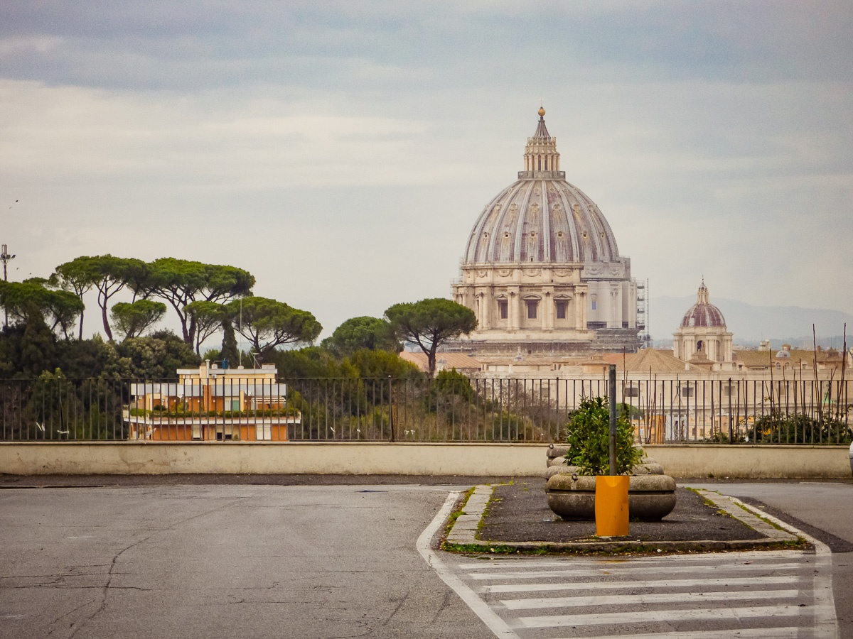 Via Piccolomini Roma